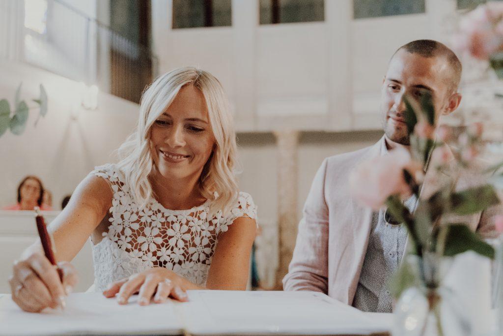 Hochzeitsfoto Unterschrift