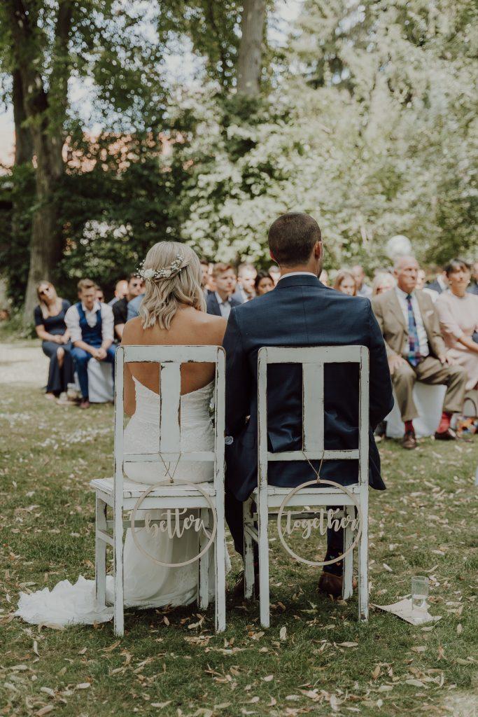 Hochzeitsfoto Trauung im Garten